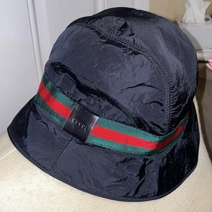 Authentic Gucci bucket hat from the 90's